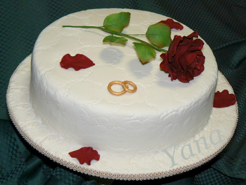 Bordeaux Rose Engagement Cake